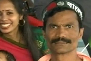 Man at Cricket Game Might Be World's Creepiest Fan (image)