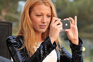 Blake Lively Nude Photo Scandal: Hacker Releases New Pics