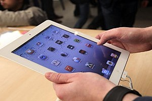 Chinese Teen Sells Kidney to Buy iPad 2